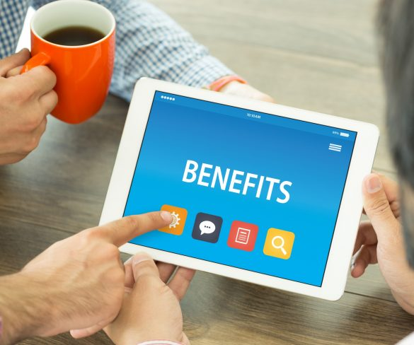 Top 3 advantages of managing organizations through Payroll Software