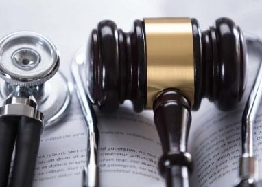 Hiring the Right Medical Malpractice Lawyer Online