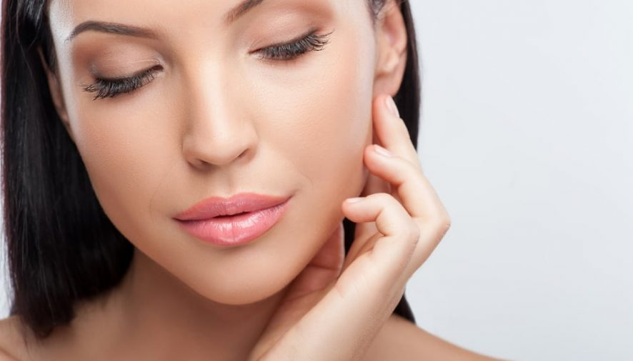 Learn how to find best Facelift surgeon in Toronto