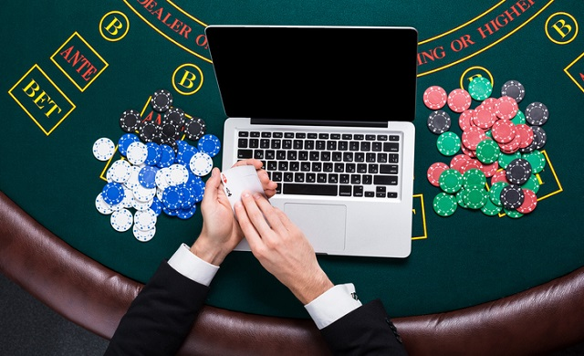 How to save money while gambling